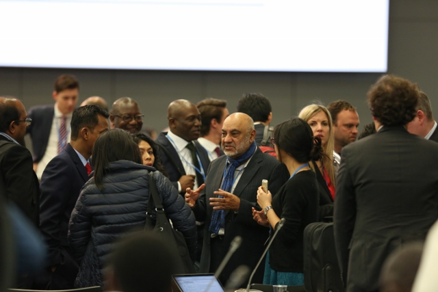 0.38653000_1445336073_bonn-negotiations-(640x427)
